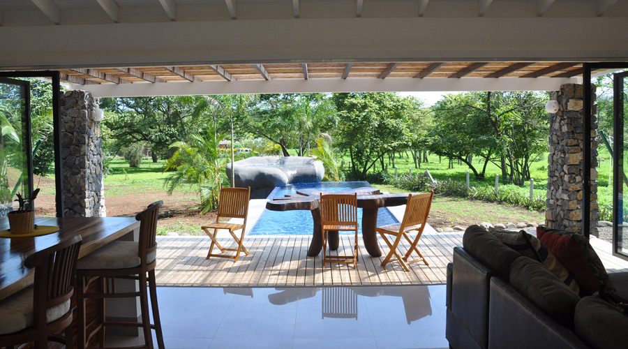 Costa rica immobilier villa j2 sans 3 villa neuve 2 ch for Piscine jardin tropical