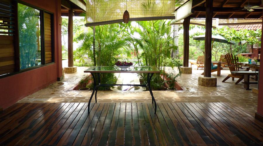 Maison en teck ventana blog - Salon de jardin en bois mahogany tropical ...